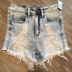 Pants - Shorts Small 26 NWT D14